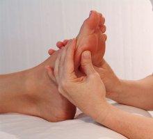 fødder under zoneterapi